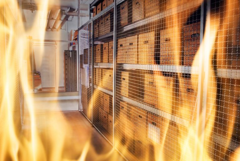 Circulating Video Shows $ 10M Chinese Bitcoin Mining Farm in Flames